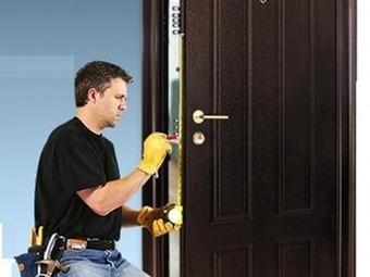 Замена дверных замков, личинок